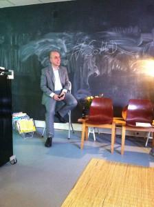 Lars Hahn beim 5. #SoMeD Stammtisch