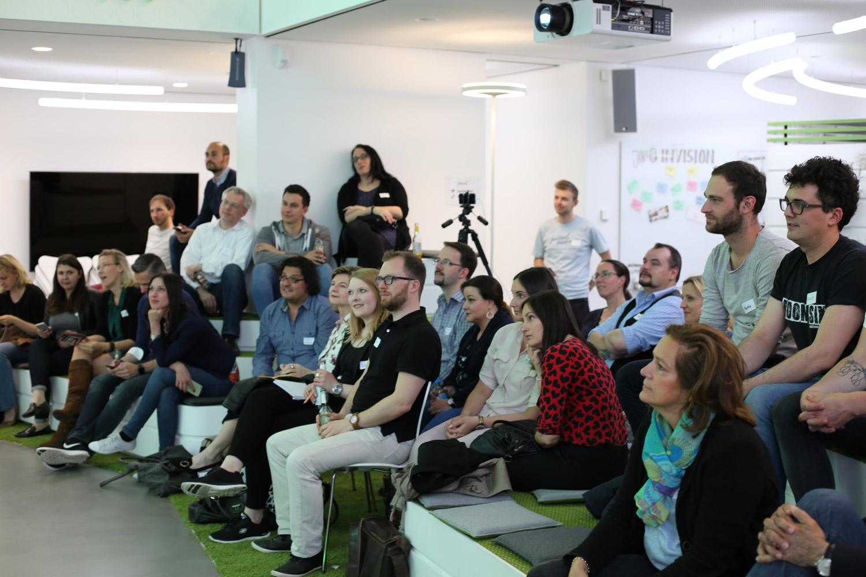Rückblick 15. #SoMeD-Stammtisch: Social Media und Recht